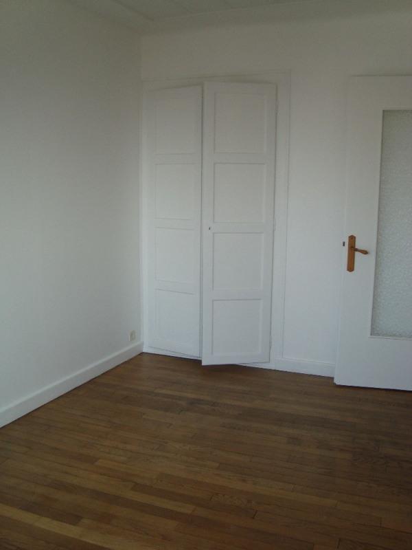 Rental apartment Annemasse 950€ CC - Picture 4