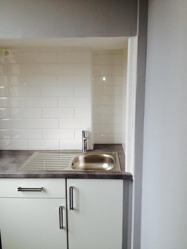 Rental apartment Montreuil 785€ CC - Picture 1