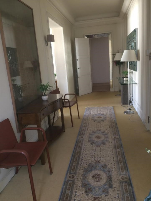 Location appartement Paris 16ème 7 500€ +CH - Photo 7