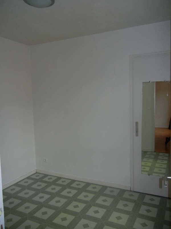 Rental apartment Voiron 338€ CC - Picture 2