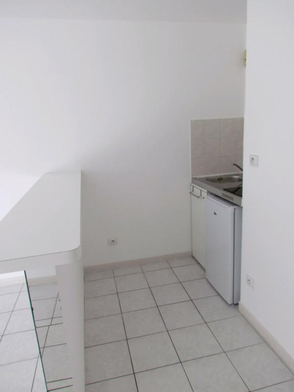 Rental apartment La queue en brie 599€ CC - Picture 3
