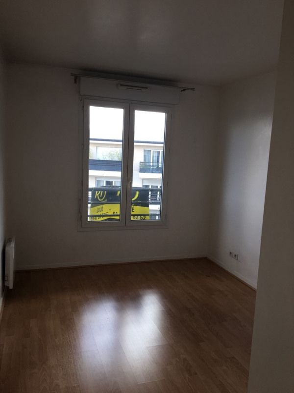 Rental apartment Colombes 1373€ CC - Picture 4