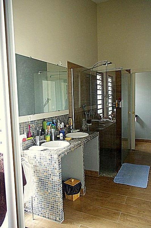 Venta de prestigio  casa St gilles les bains 808500€ - Fotografía 6