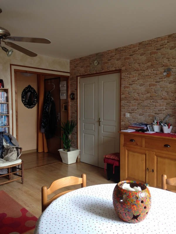 Sale apartment Cholet 79 890€ - Picture 2