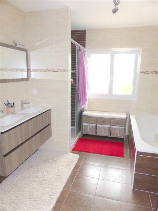 Location maison / villa Versonnex 3650€ +CH - Photo 4