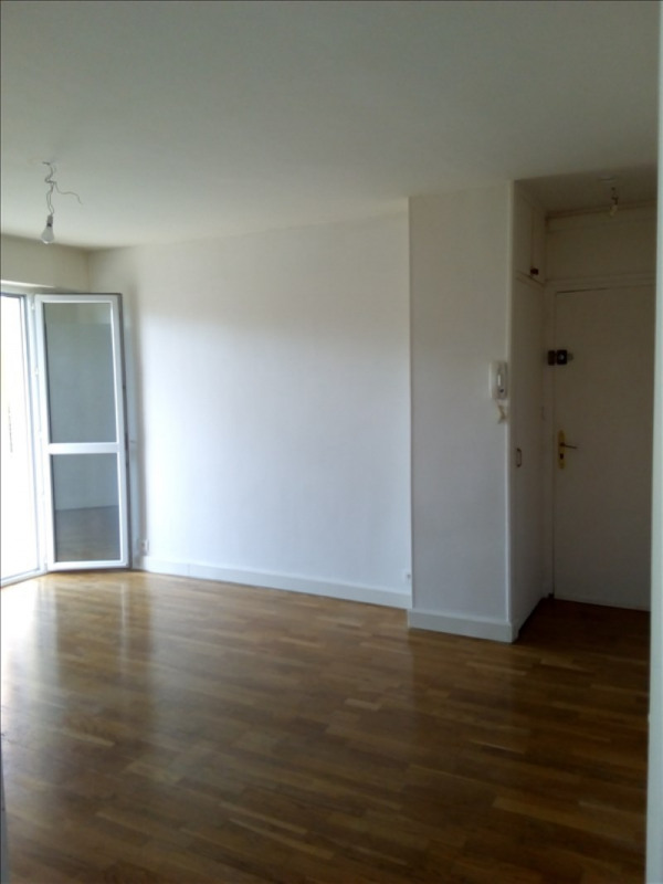 Sale apartment Le chesnay 235000€ - Picture 2