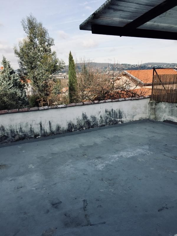 Sale apartment Dardilly 240000€ - Picture 11