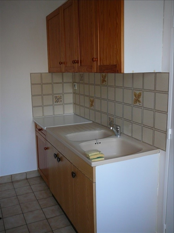 Sale apartment Cholet 91 360€ - Picture 2