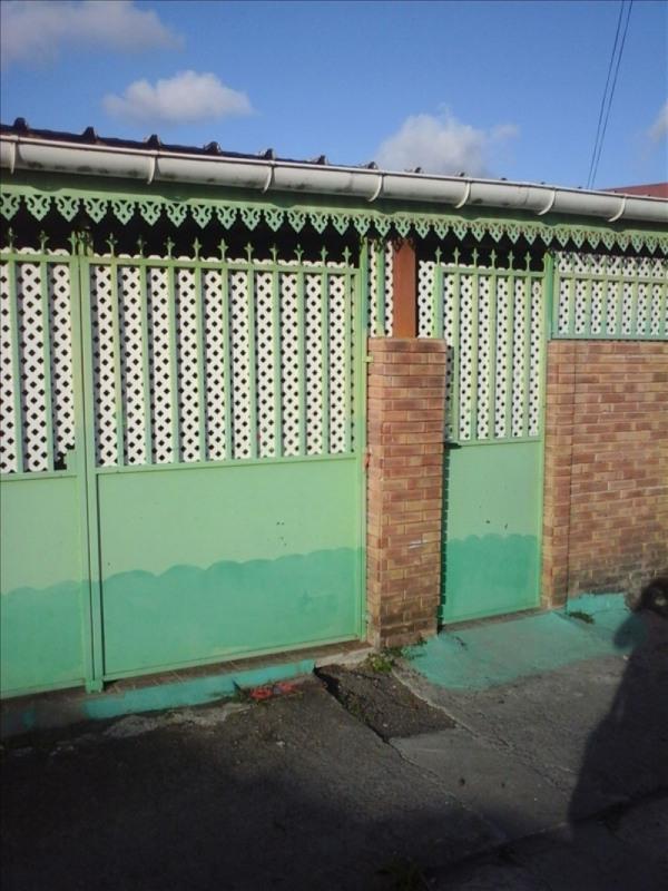 Sale house / villa Les abymes 97000€ - Picture 1