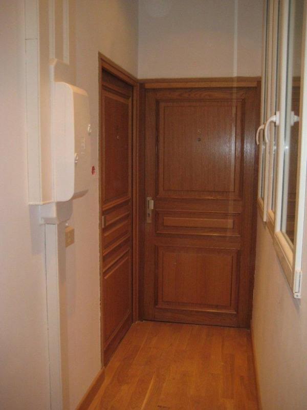 Rental apartment Paris 16ème 835€ CC - Picture 5