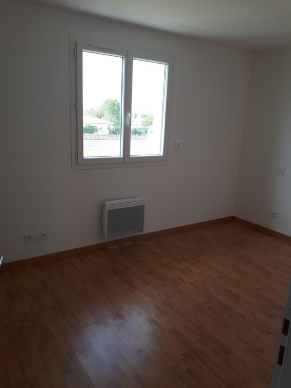 Location maison / villa Portets 707€ CC - Photo 9