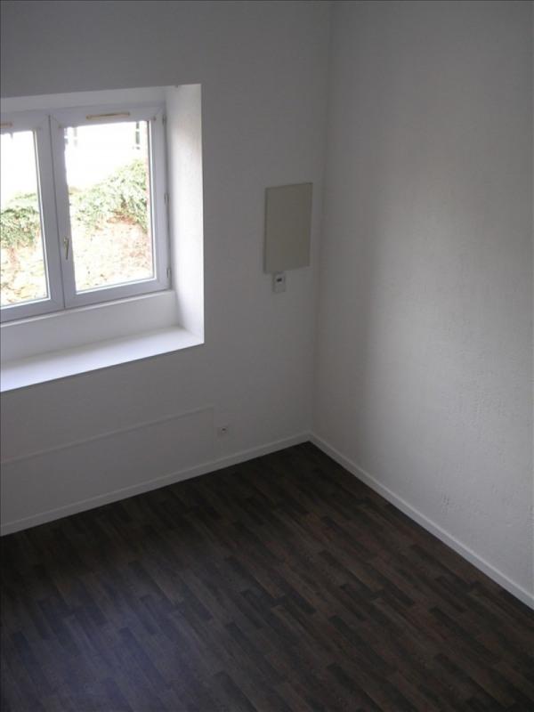 Rental apartment La roche sur yon 389€ CC - Picture 4