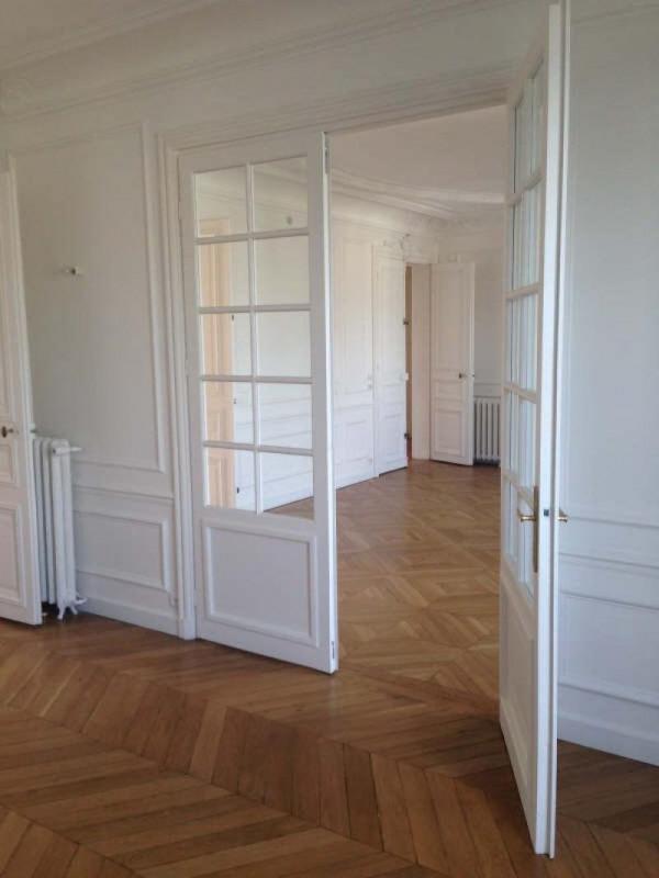 Location appartement Paris 8ème 4758€ CC - Photo 4