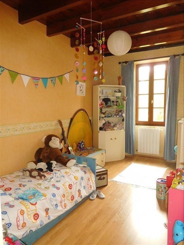 Location maison / villa Virsac 880€ +CH - Photo 6
