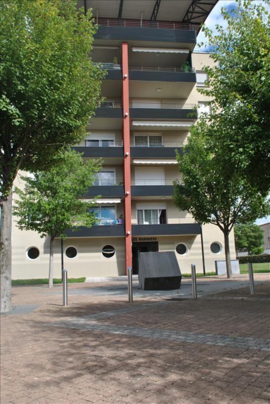 Vendita appartamento Le coteau 137000€ - Fotografia 1