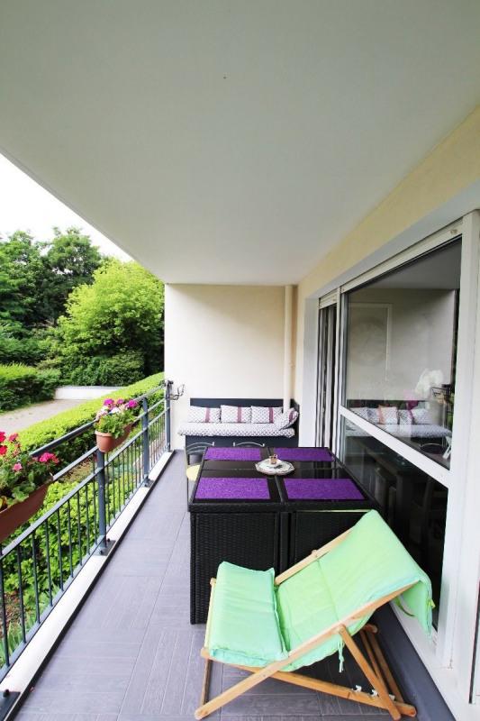 Tassin - T4 de 92m², balcon de 10m², garage double & cave