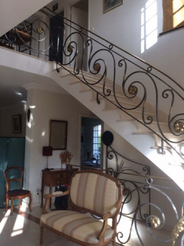 Deluxe sale house / villa Beauchamp 720 000€ - Picture 4