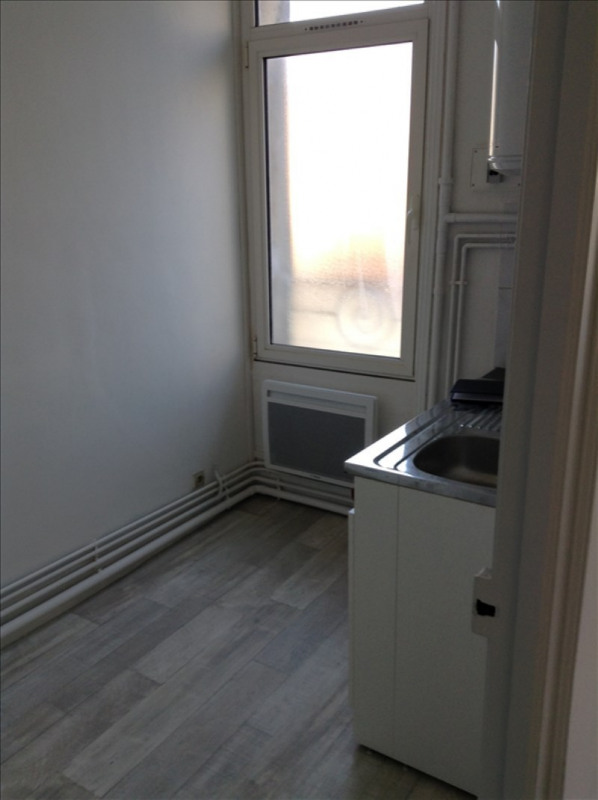 Location appartement 02100 437€ CC - Photo 3