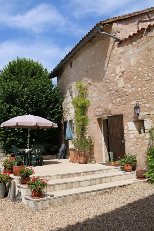 Sale house / villa Vieux mareuil 250000€ - Picture 2