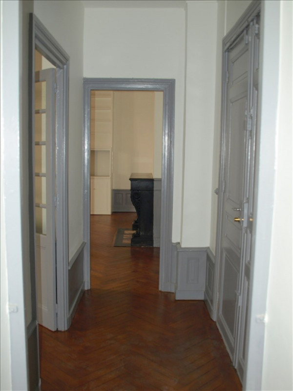 Sale apartment Roanne 135000€ - Picture 3