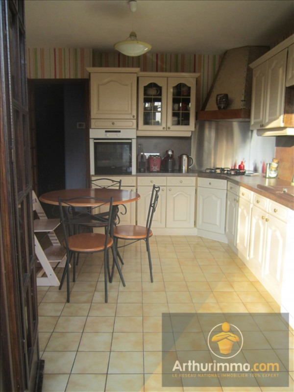 Sale house / villa Savigny le temple 313 000€ - Picture 2