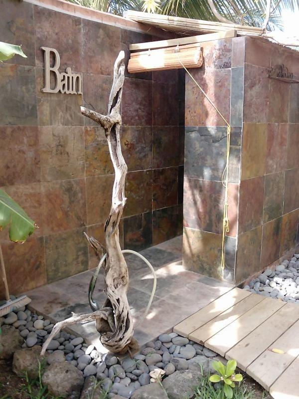 Deluxe sale house / villa St gilles les bains 850000€ - Picture 4