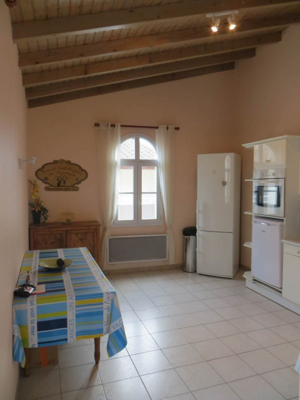 Location appartement Cognac 636€ CC - Photo 3