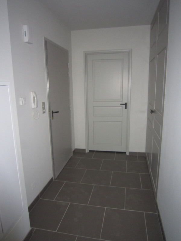 Rental apartment St cyprien 524€ CC - Picture 6