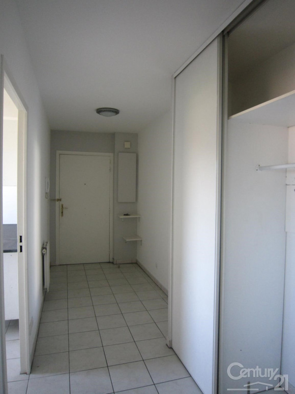 Location appartement Decines charpieu 798€ CC - Photo 13