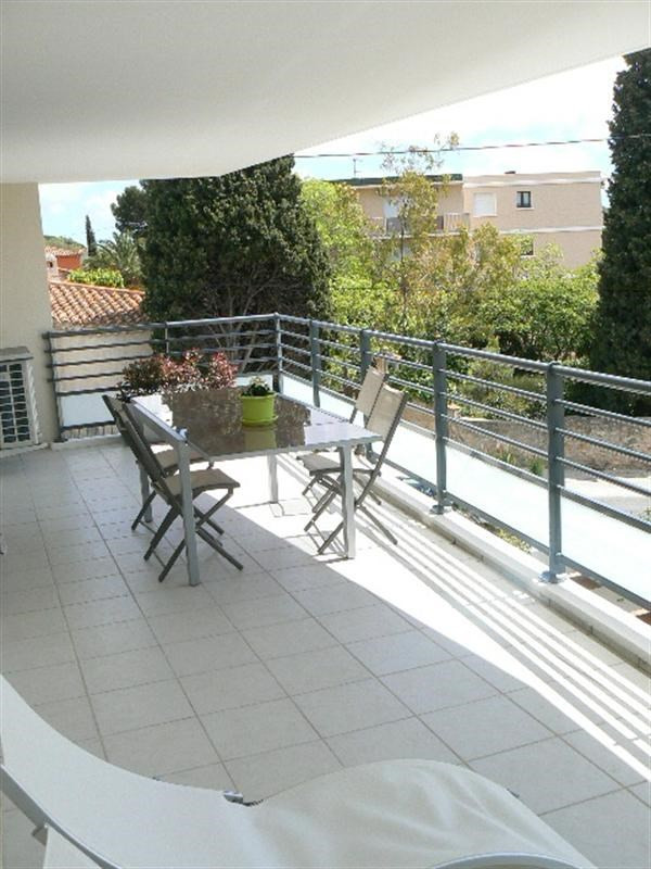 Vacation rental apartment Bandol 610€ - Picture 6