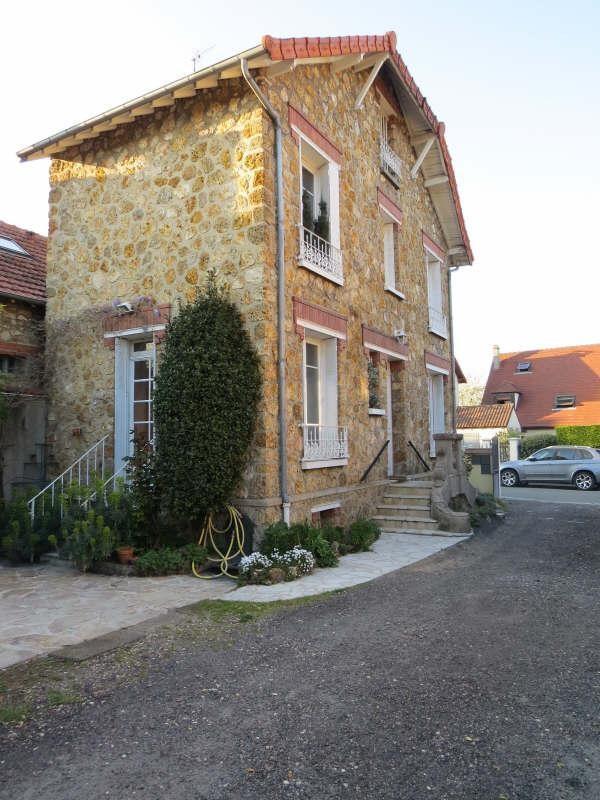 Sale house / villa Le mesnil le roi 470000€ - Picture 2
