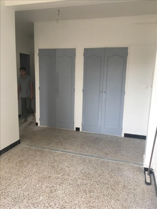 Location appartement Toulon 540€ CC - Photo 2