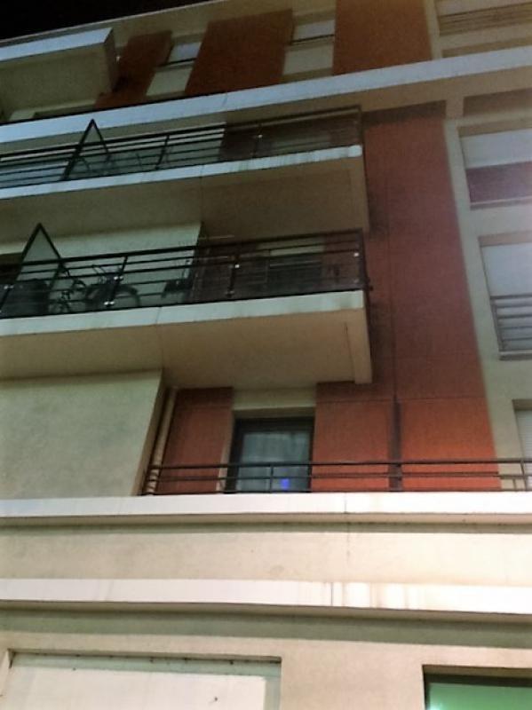 Investment property apartment Villeneuve-la-garenne 135000€ - Picture 1