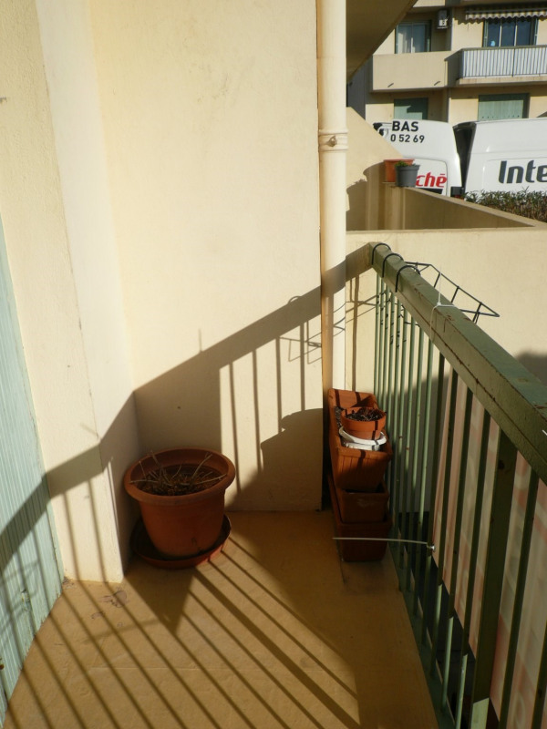 Location appartement Six fours les plages 819€ CC - Photo 2