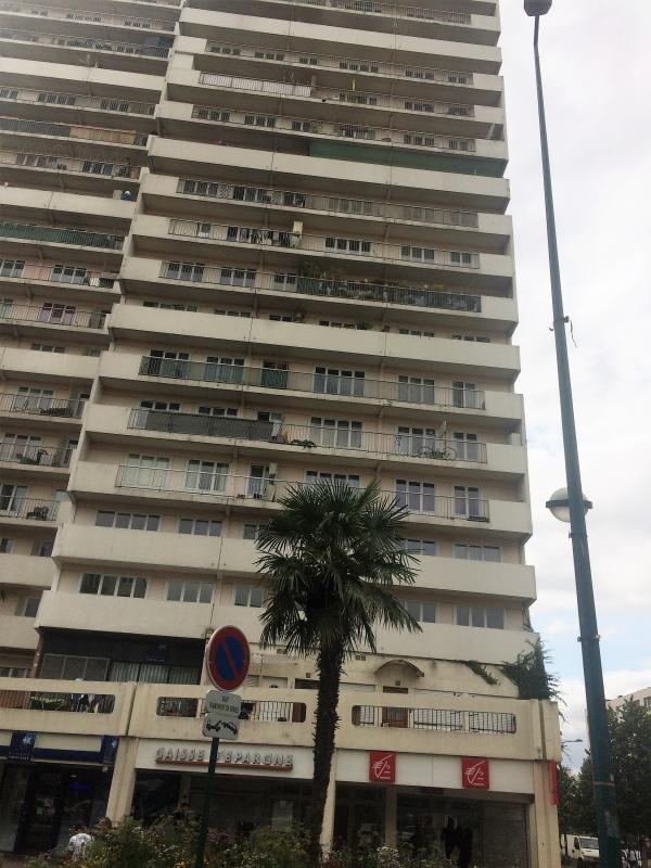 Sale apartment Villeneuve-la-garenne 159000€ - Picture 1