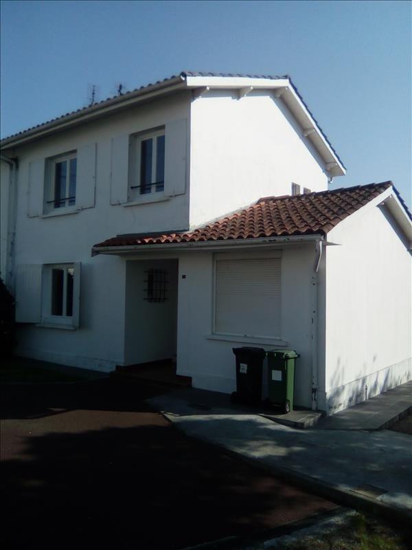 Location maison / villa Carbon blanc 880€ CC - Photo 1