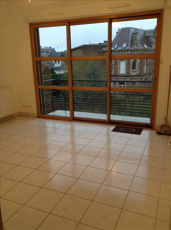 Rental apartment St quentin 660€ CC - Picture 1