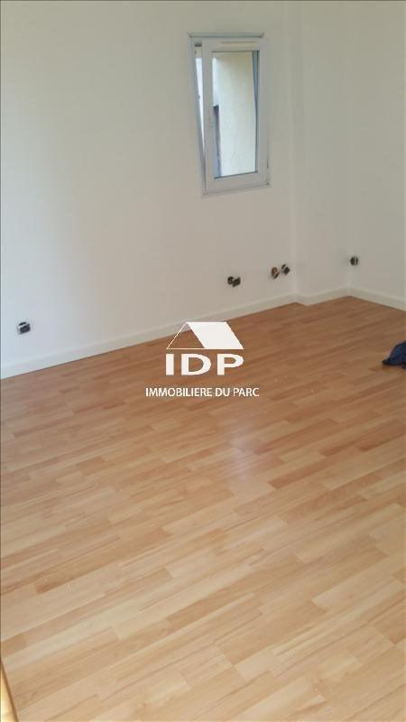 Location appartement Corbeil-essonnes 480€ CC - Photo 4