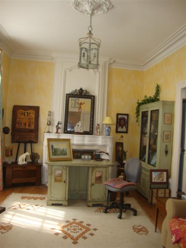 Sale house / villa Saint-jean-d'angély 327050€ - Picture 13