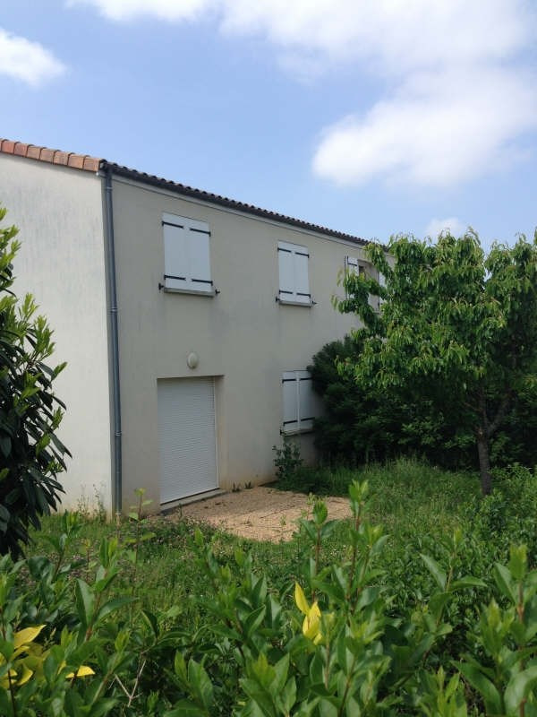 Investment property house / villa Poitiers 135000€ - Picture 1