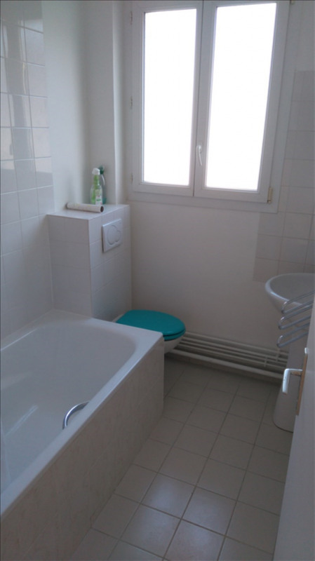 Location appartement Le chesnay 870€ CC - Photo 4