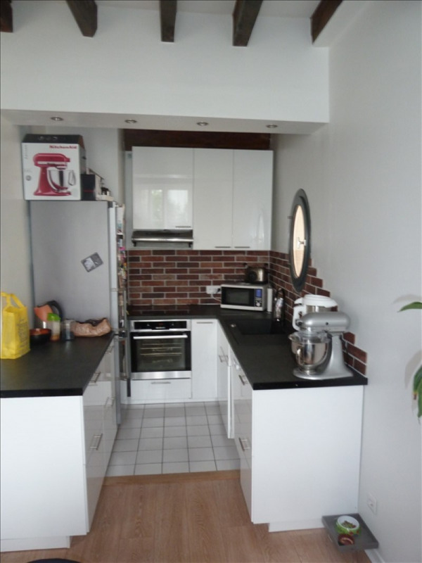 Rental apartment Andresy 855€ CC - Picture 3