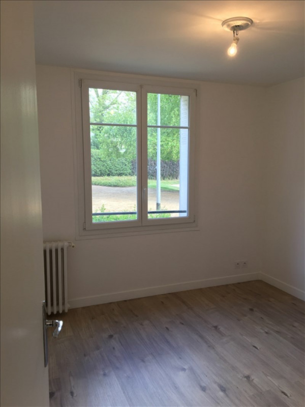 Location appartement Bougival 1 255€ CC - Photo 3