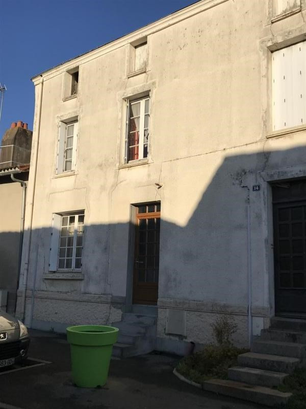 Vente maison / villa St remy en mauges 70 500€ - Photo 1