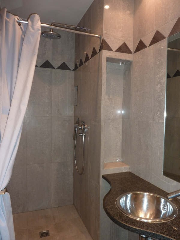 Location appartement Marseille 8ème 2000€ CC - Photo 9