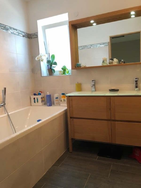 Sale house / villa Lesigny 377000€ - Picture 6