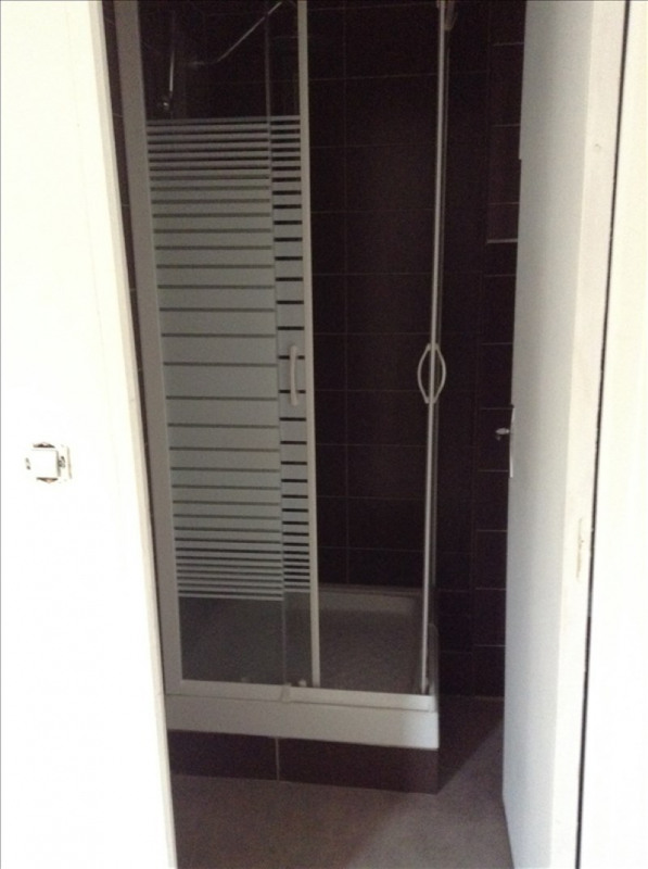 Rental apartment St quentin 370€ CC - Picture 3