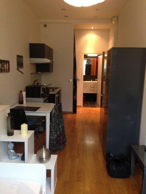 Rental apartment Paris 16ème 835€ CC - Picture 1