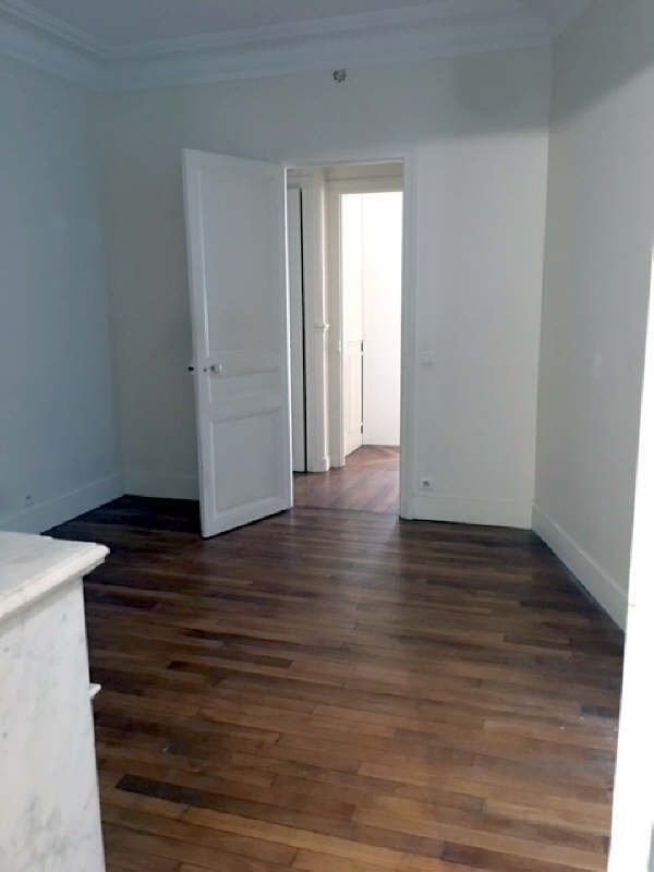 Location appartement Paris 16ème 3 190€ CC - Photo 8