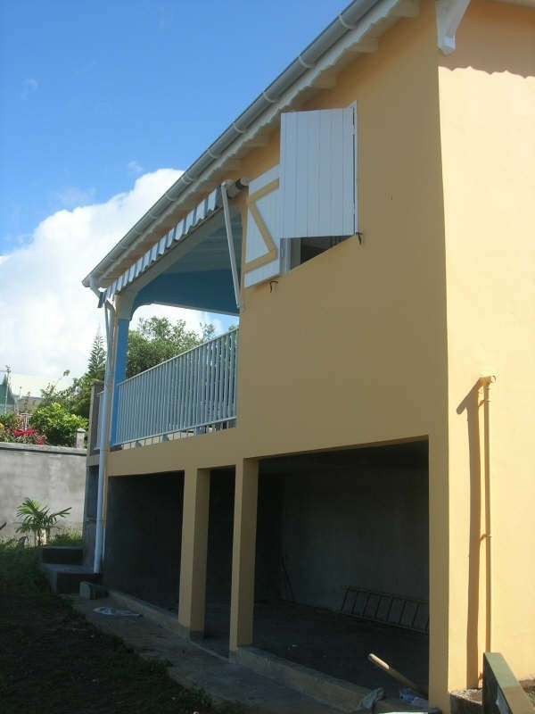 Rental house / villa Ste anne 1 000€ +CH - Picture 2
